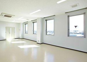 東京オフィス 郵便番号:163-1030 住所 :東京都新宿区西新宿3-7-1 建物 :新宿パークタワーN30階. TEL :03-5326-3448